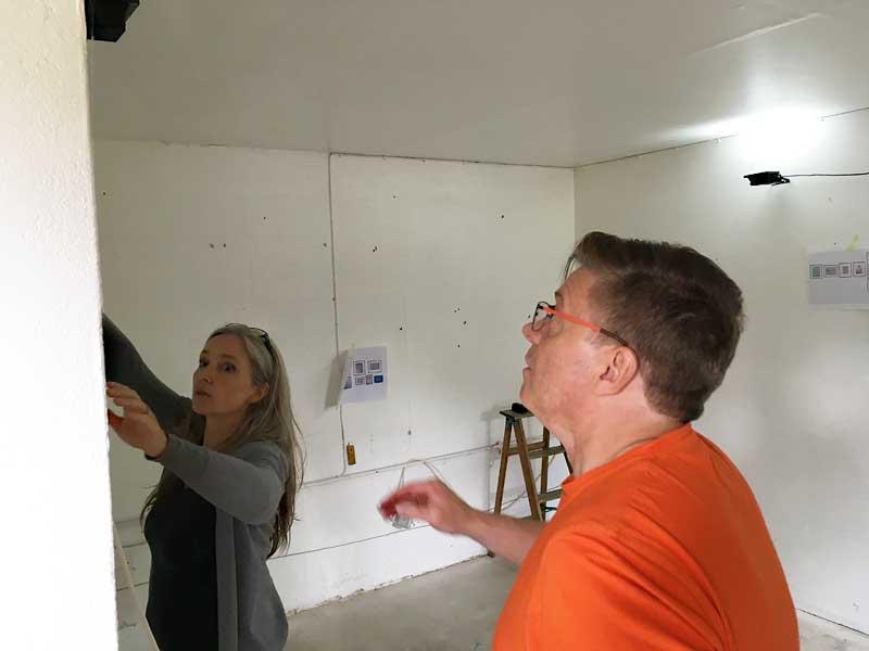 Ausstellungsvorbereitungen Birgit und Thomas - KUNST-stückchen 2017